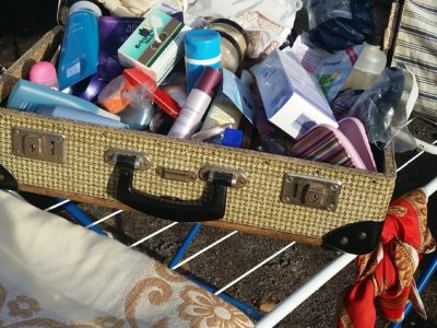8.00 am – buying and selling at a local flea market