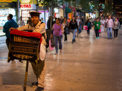 Mexico City – the synth organ grinder