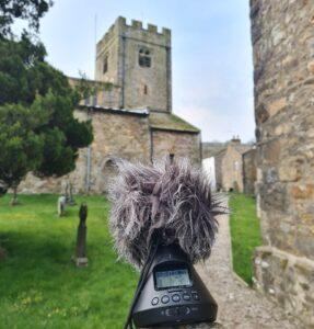 Zoom VR-3 recorder in Dent village churchyard, April 2021